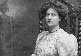 victorian-woman-hair